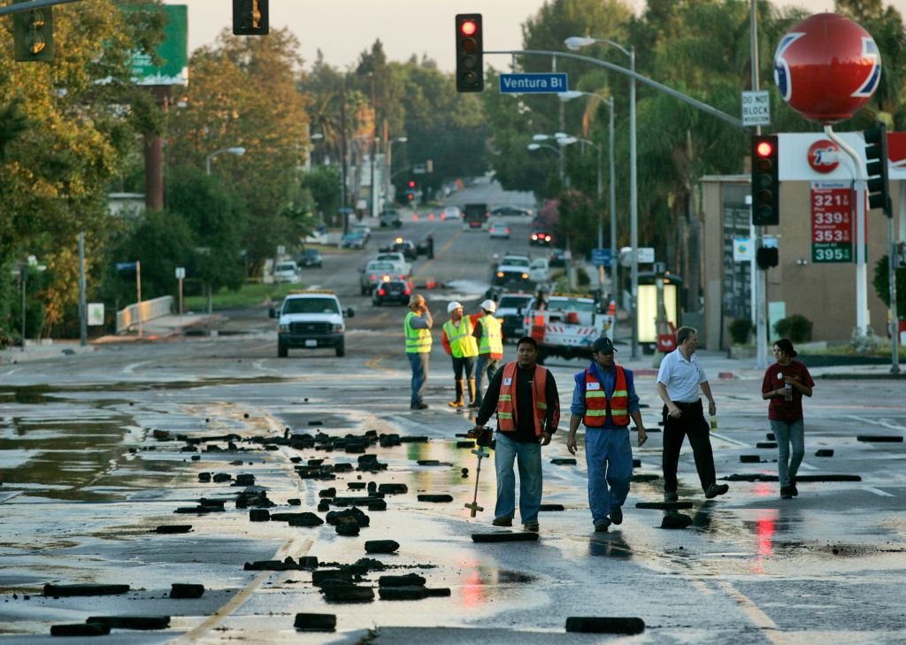 Cold Water Canyon Avenue is littered with broken pieces of road and its closed to all traffic at Ve