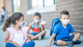 Kindergarten kids back at school