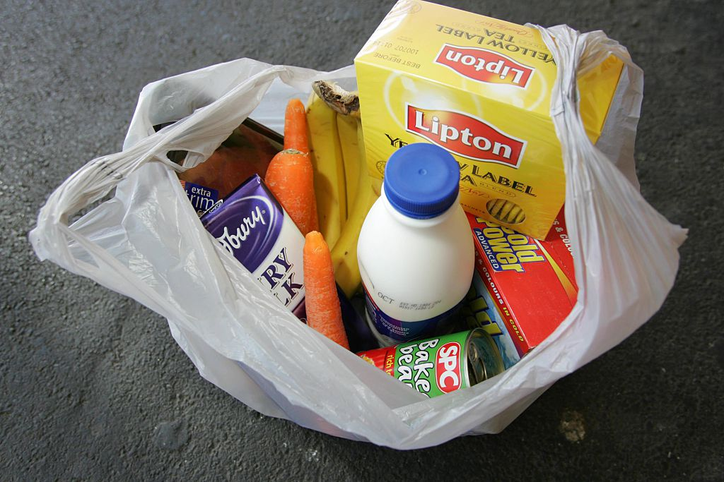 Generic picture of groceries. 13 October 2005. AGE NEWS. Photo by WAYNE TAYLOR.