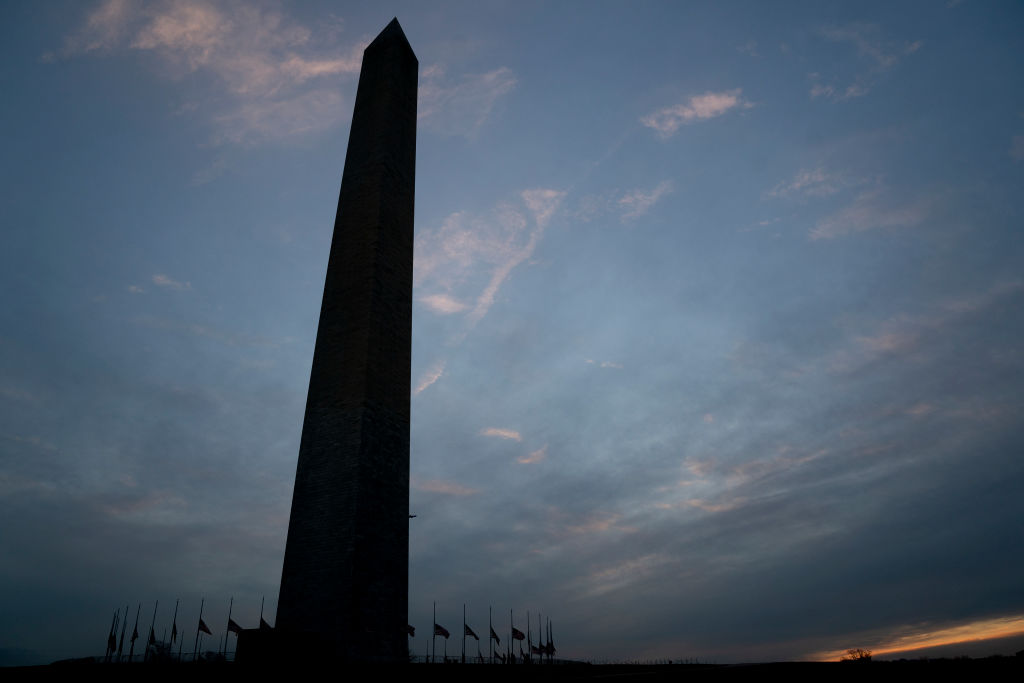 Washington Monument Temporarily Closes Down